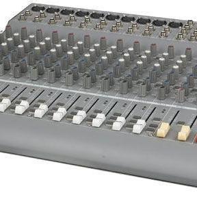 Table de mixage type ''concert''